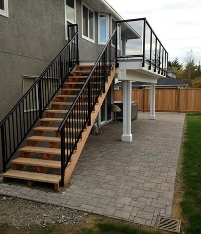Deck, Stairs & Brick Work